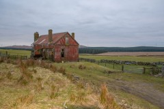 old-farmhouse-2021-near-3-lochs-windfarm-road-old-eldrig-turnoff